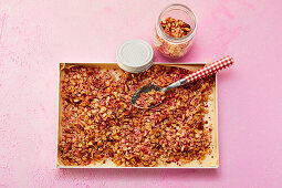Raspberry granola with coconut and almonds