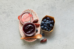 Blueberry date jam (sugar-free)