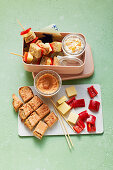 Cheese sandwich skewers with fruit curd 'To Go'