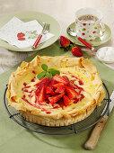 Crispy strawberry cheesecake