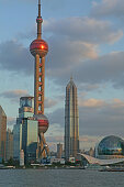 Skyline Pudong,Stadtsilhouette Pudong, Huangpu River, Fluß, Pearl Orient Tower, TV Tower, Jinmao
