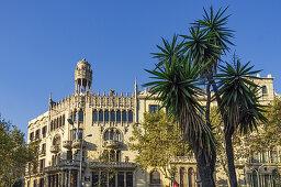 Ein modernistisches Gebäude von Lluís Domènech i Montaner, Passeig de Gracia Casa Leo Morera