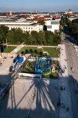 Blick auf den Königsplatz vom Riesenrad aus, München, Bayern, Deutschland, Europa