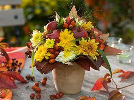 Herbststrauß aus Chrysanthemum (Herbstchrysanthemen)