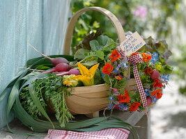 Geschenkkorb mit Gemüse aus eigener Ernte