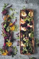 Beetroot tart with goat's cheese and figs