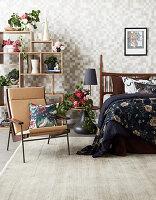 Schlafzimmer mit Blumendeko