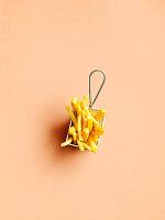 Pommes Frites in Mini-Frittierkorb