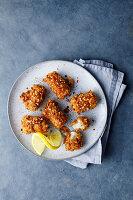 Fisch-Nuggets mit Cornflakes-Kruste