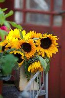 Herbststrauß aus Sonnenblumen