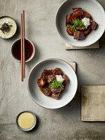 Saikoro-Suteiki - Japanische Steakwürfel mit dreierlei Dips