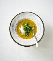 Cremige Gemüsesuppe mit Schmand
