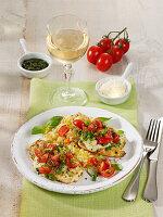 Hähnchenschnitzel 'Margherita' mit Tomaten und Mozzarella