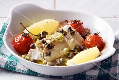 Oven-baked cod in a lemon sauce