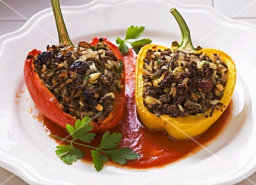 Stuffed peppers with lamb