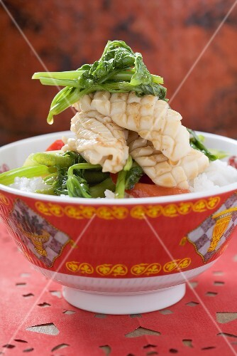 Cuttlefish with vegetables on rice (China)