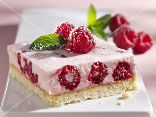 Raspberry quark slice with fresh mint