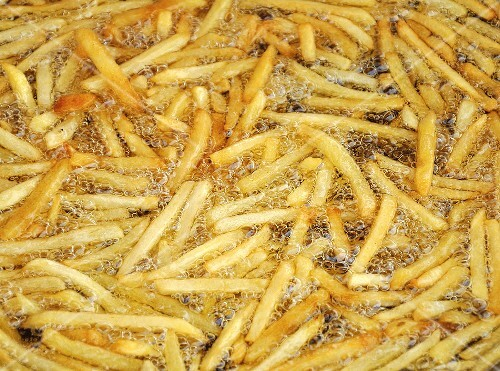 Frying chips in palm oil