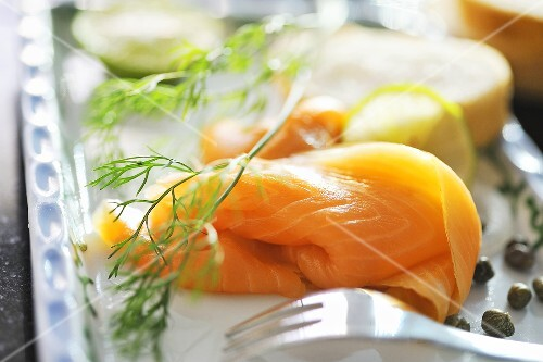 Smoked salmon with baguette, capers and dill