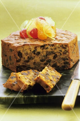 Ginger cake with raisins nuts and candided fruits