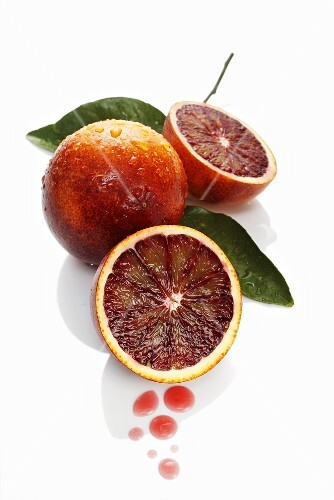 Blood oranges with drops of juice