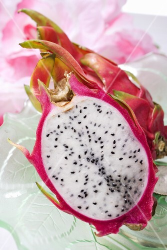 Pithaya (dragon fruit)
