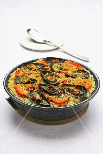 Tiella pugliese (Rice and mussel bake, Italy)