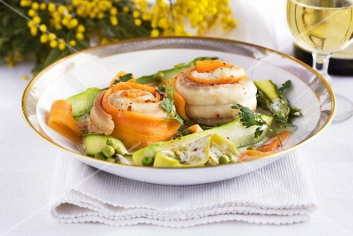 Sole rolls with spring vegetables