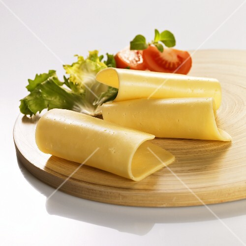 Cheese board with lettuce and tomato