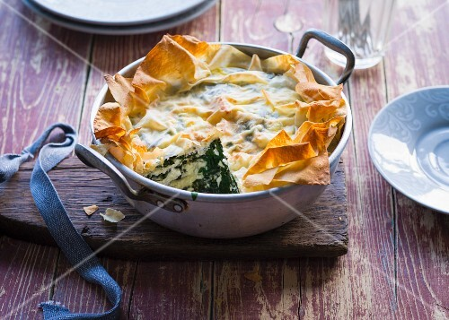 Spinach pie with sheep's cheese (Turkey)