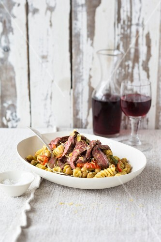 Fusilli with beef and a chickpea sauce