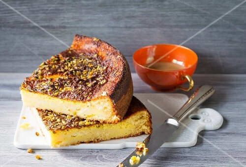 Orange cheesecake with pistachios