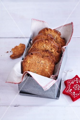 Gingerbread melba toast in a loaf tin