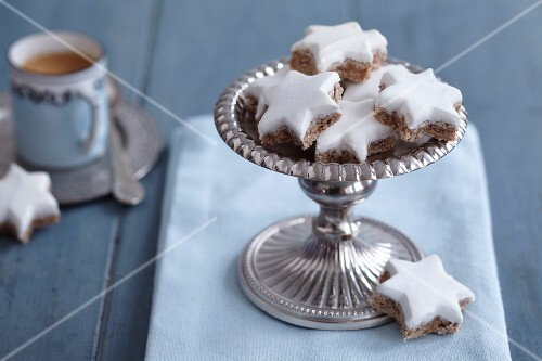 Cinnamon stars on a silver stand