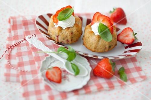 Mini strawberry and basil Bundt cake