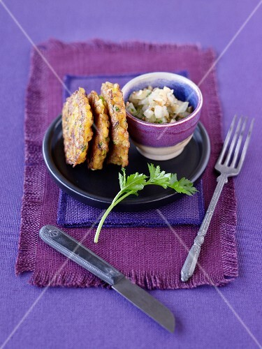 Lentil cakes with fried fennel
