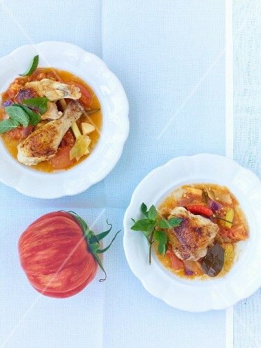 Chicken with an oriental tomato compote