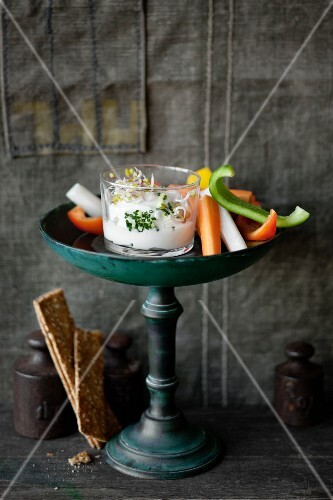 Vegetables sticks with a quark dip