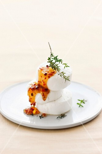 Goat's cheese with honey and thyme
