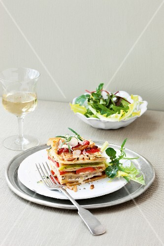 Vegetable lasagne with peppers, courgettes and ricotta
