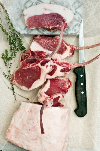 Raw suckling pig chops