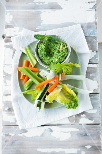 Vegetable sticks and a pea dip with feta cheese