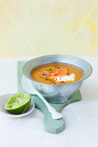 Lentil soup with papaya