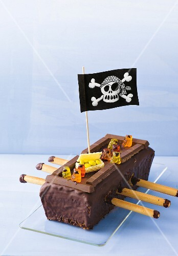 A gluten-free pirate ship cake for a child's birthday