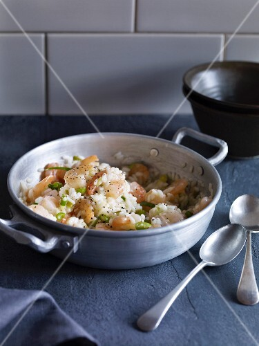 Risotto with prawns and spring onions