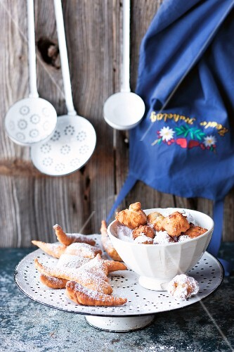 Deep-fried Austria pastries