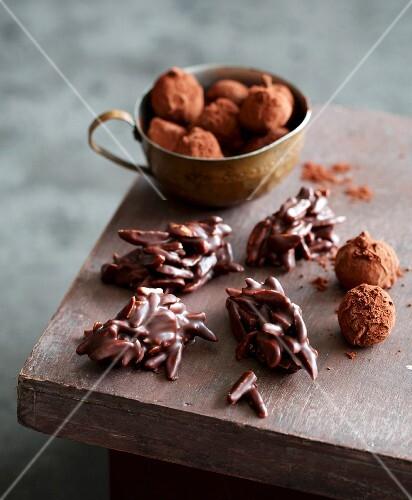Chocolate-coated slivered almonds and macadamia nuts