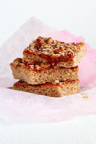 Rosehip cake with nut and sesame seed crumbles