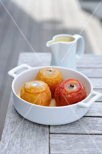 Baked apples with Calvados butter (France)