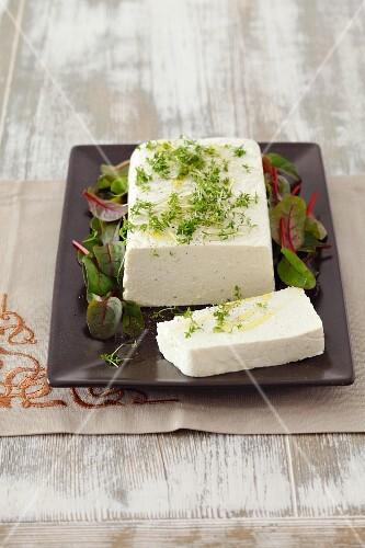 Quark and horseradish terrine with cress